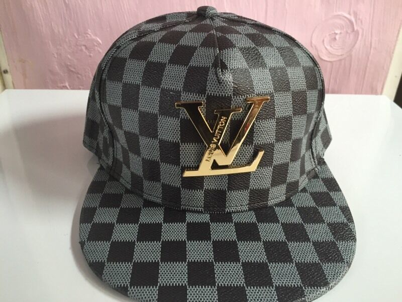 ad192a9cf8cfd Louis Vuitton Snapback Hat Black