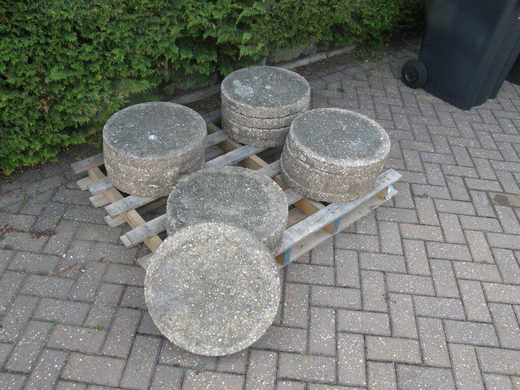 16 Inch Round Patio Stones