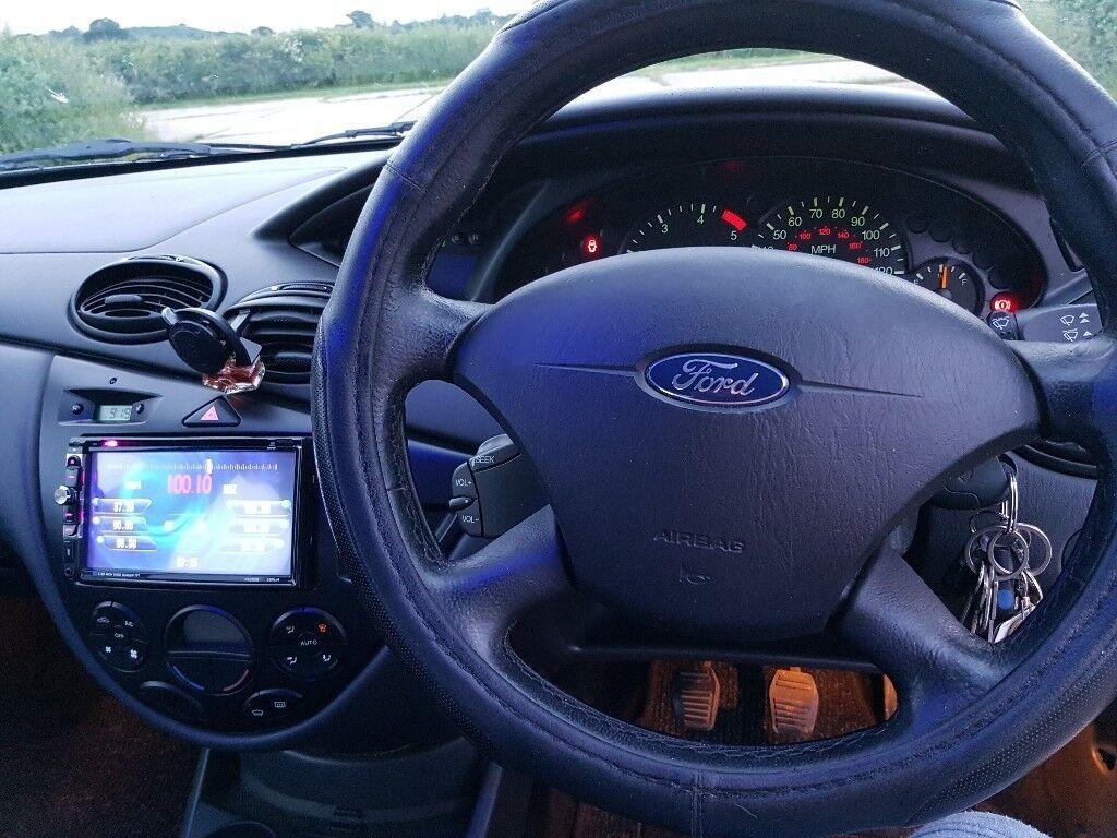 Ford Focus Stereo Fascia