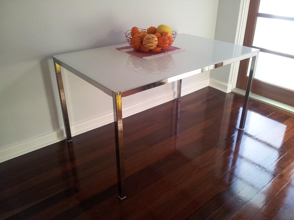 Round Wood Dining Table 6