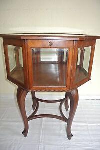 Alter 8-eckiger drehbarer Vitrinentisch,Tisch mit Facettenschliff - Rarität eBay