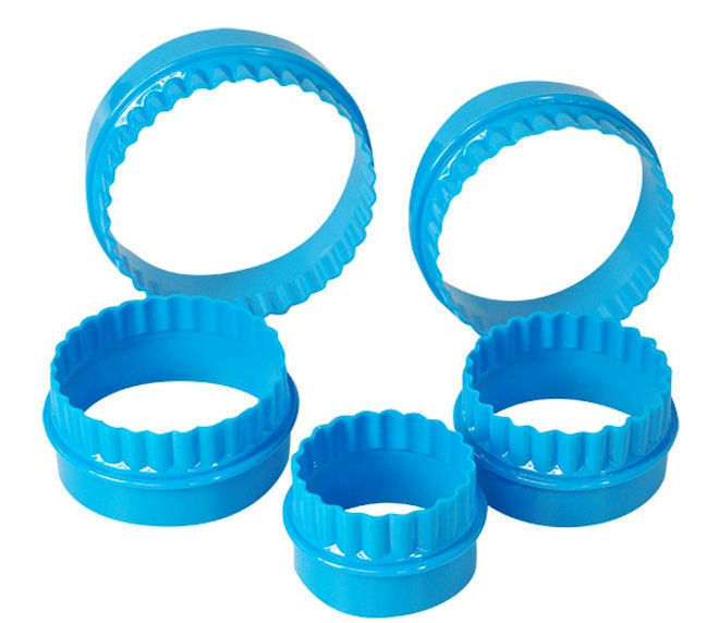 NEW 5 Pack Round Pastry Cutters Cookie Biscuit 10cm 9cm ...