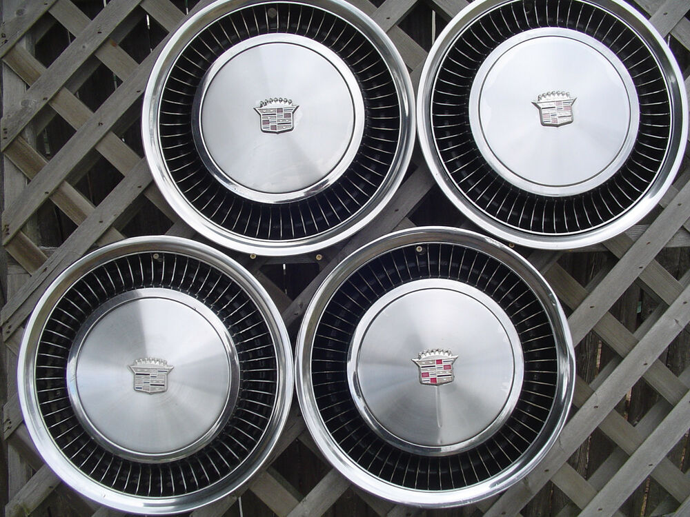 1974 1975 Cadillac Deville Fleetwood Hubcaps Wheel Covers