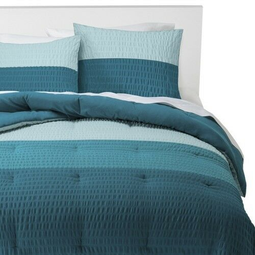 Room Essentials Textured Colorblock Comforter Set Blue