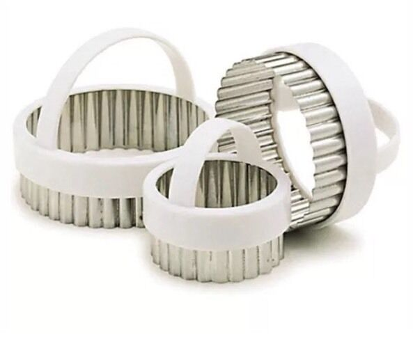 Kitchen Craft Fluted Round Pastry Cutters KCPASTRY3 | eBay