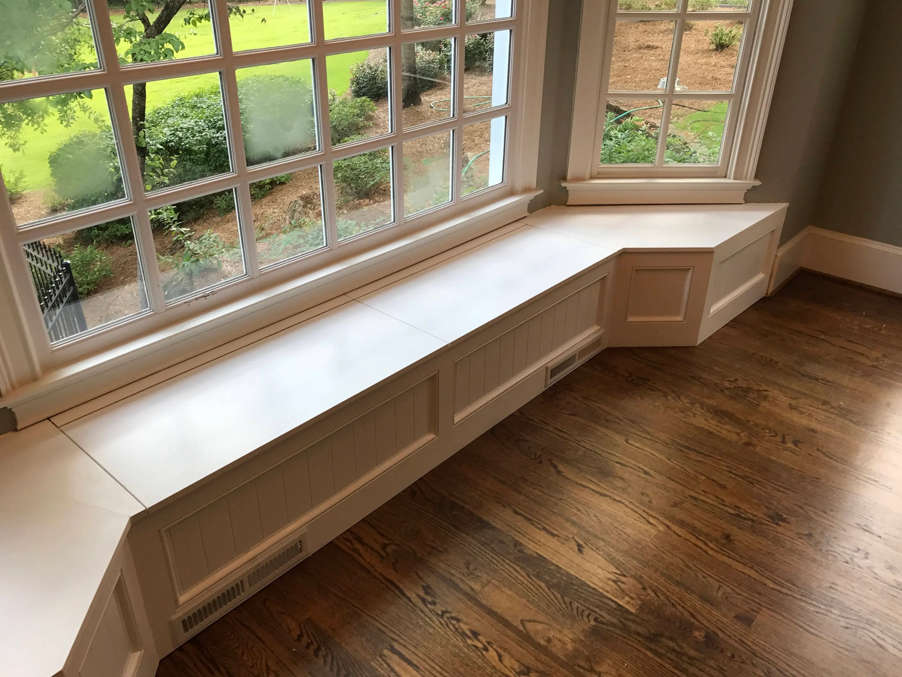 Banquette Bench For A Bay Window Kitchen Seating Shaped
