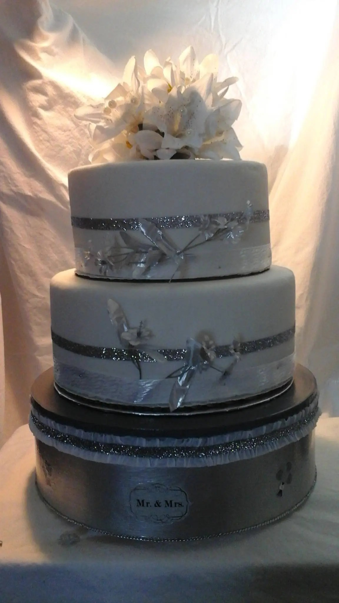 12 Metallic silver Wedding cake stand 12  Metallic silver Wedding cake stand