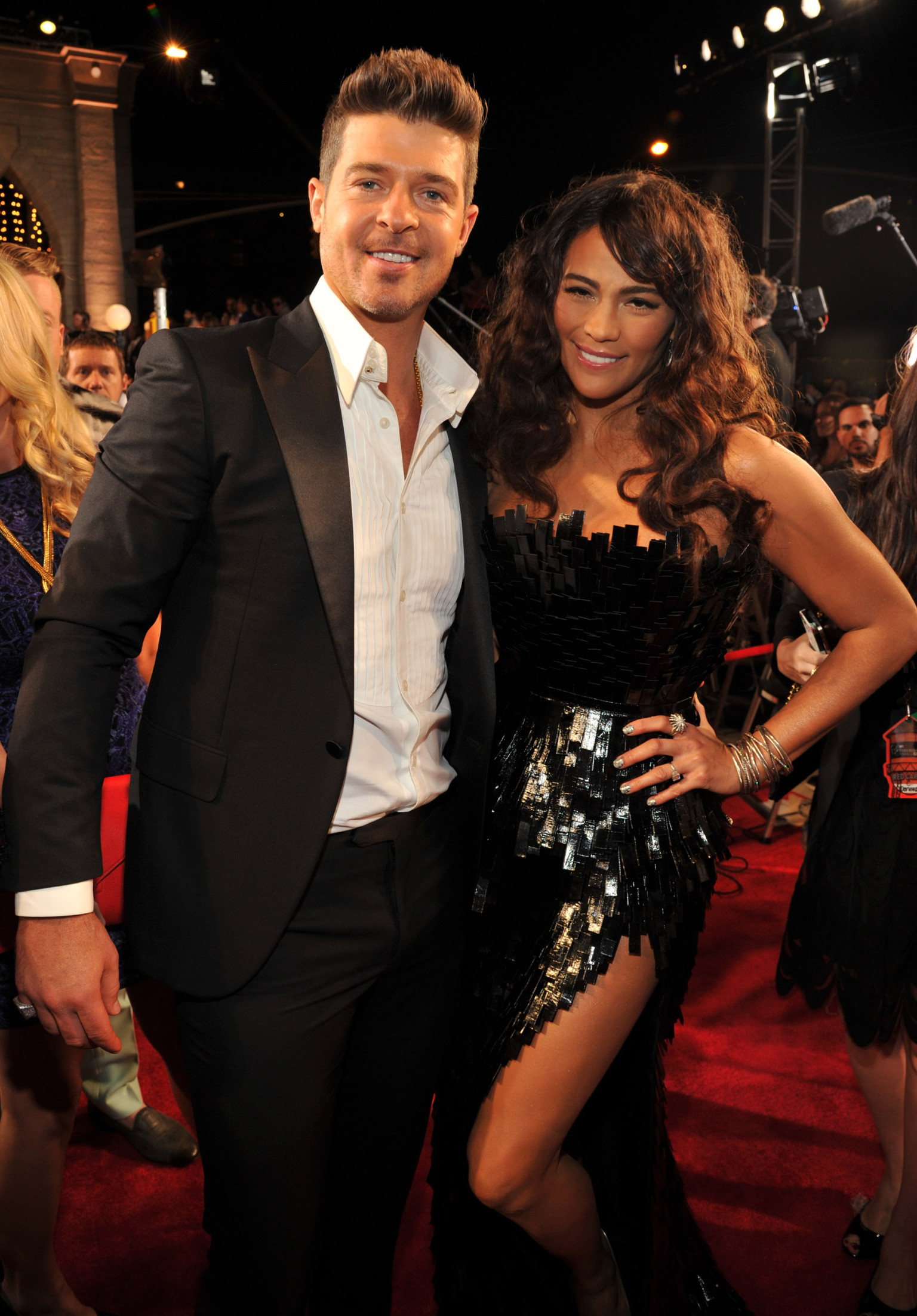 Robin Thicke And Paula Patton Have The Most 'Dysfunctional ...