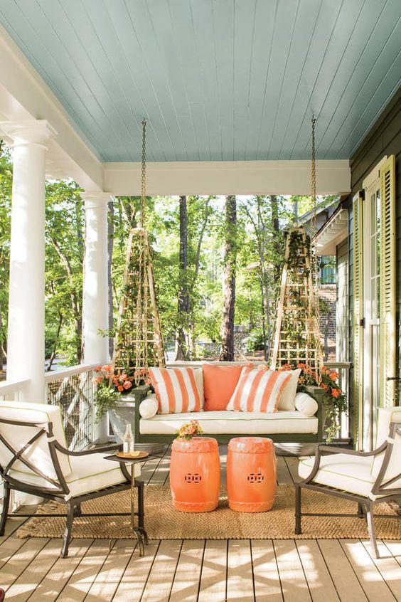 Cabin Inside Decorate