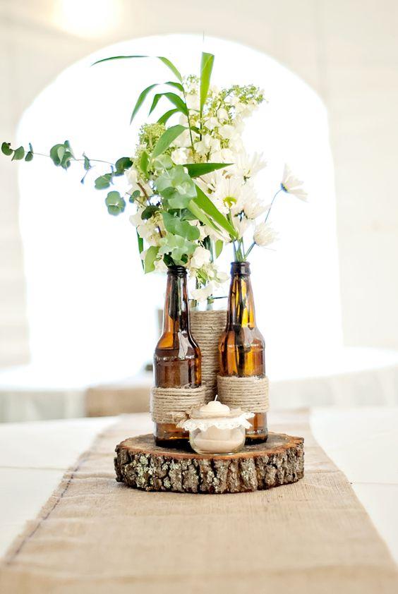 Mesa Con Botellas Anos De Vino 15 Centros De Para