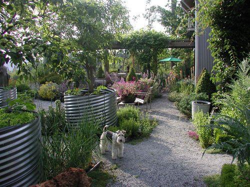 Large Vegetable Garden Fence Ideas