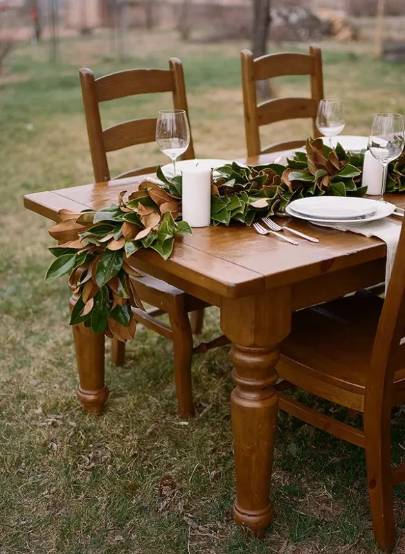 Organic Inspired DIY Magnolia Leaf Table Runner   Weddingomania Organic Inspired DIY Magnolia Leaf Table Runner  Decorating