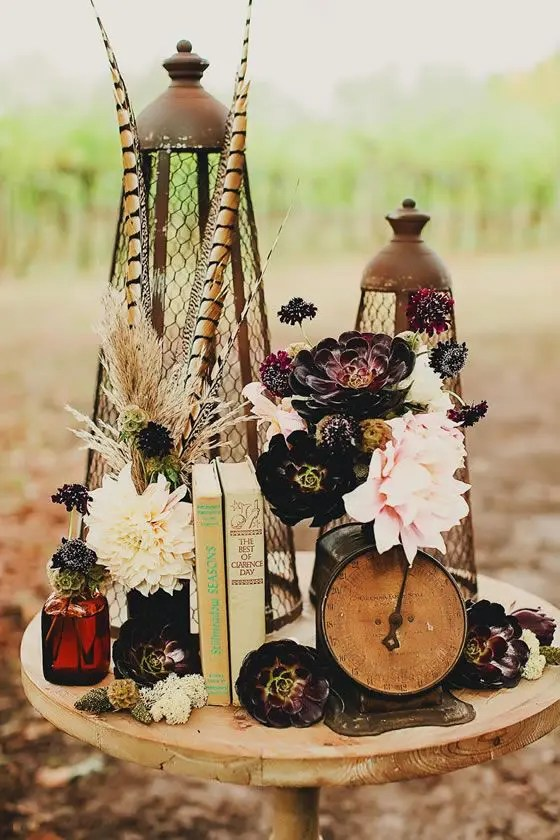 Books Centerpieces Using Wedding