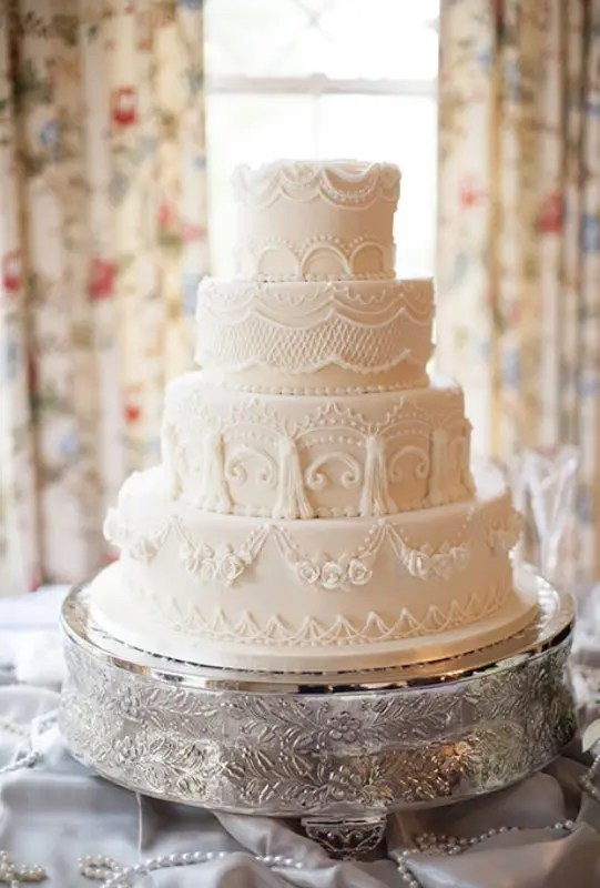 30 Chic Vintage Style Wedding Cakes With An Old World Feel     30 Chic Vintage Style Wedding Cakes With An Old World Feel