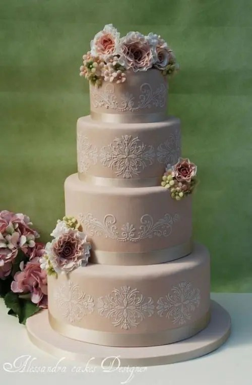 30 Chic Vintage Style Wedding Cakes With An Old World Feel     Chic Vintage Style Wedding Cakes With An Old World Feel