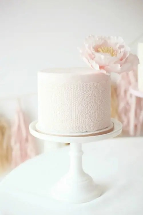 34 Pretty One Tier Wedding Cakes To Get Inspired