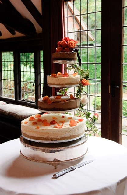 22 Yummy And Trendy Cheesecake Wedding Cakes Weddingomania