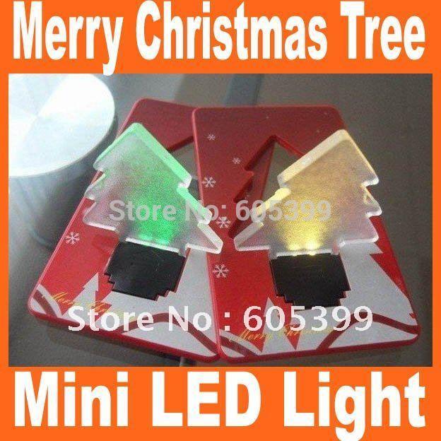 e971d9415 جديد 100 قطع الكثير xmas شجرة شكل بقيادة مصباح الجيب ، ميني المحفظة بطاقة  الائتمان المحمولة الطي led جيب ضوء عيد الميلاد شجرة