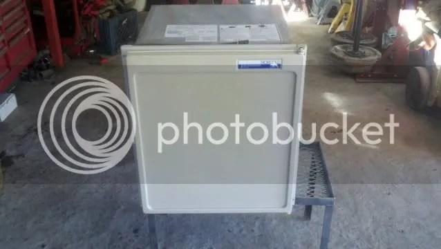 Norcold 3 Way Rv 1 7 Cu Ft Refrigerator Pirate4x4 Com