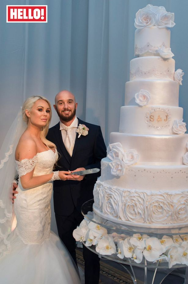 Flash footballer Stephen Ireland is finally outshone   by his     Stephen Ireland with his wife Jessica Lawlor in Hello  Magazine