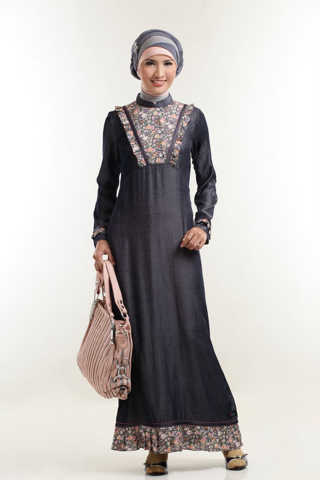Image Result For Model Gamis Hitam Polos Kombinasi
