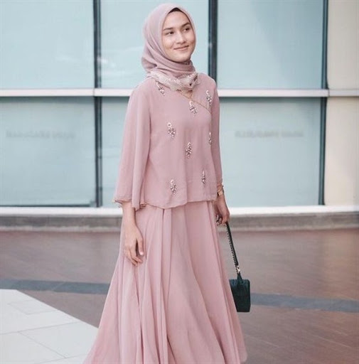 Model Hijab Pesta Simple Terbaru