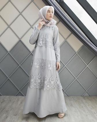 Model Gamis Brokat Kombinasi Satin