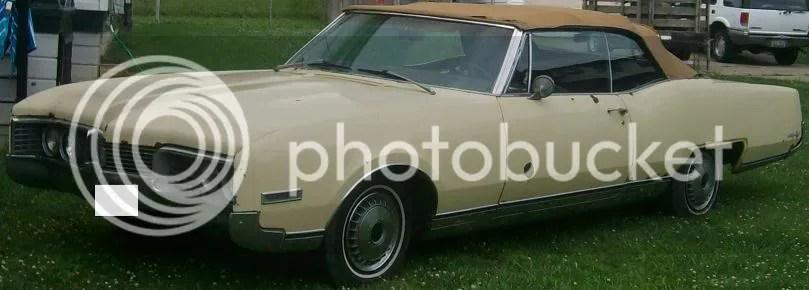 67 Oldsmobile 98 Fender Skirts
