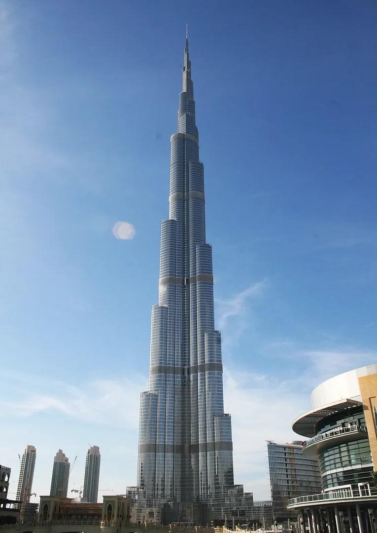 Burj Khalifa World S Tallest Building Dubai The Few