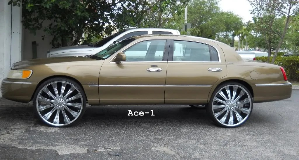 Lincoln Town Car 26s Candy