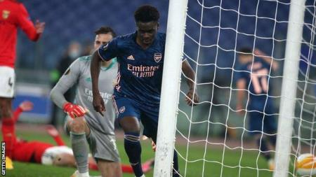 benfica 1 1 arsenal arsenal can t put a foot wrong in second leg bukayo saka bbc sport