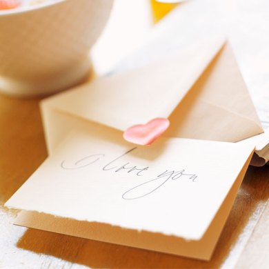 How to Write a Love Letter   Hallmark Ideas   Inspiration How to write a love letter