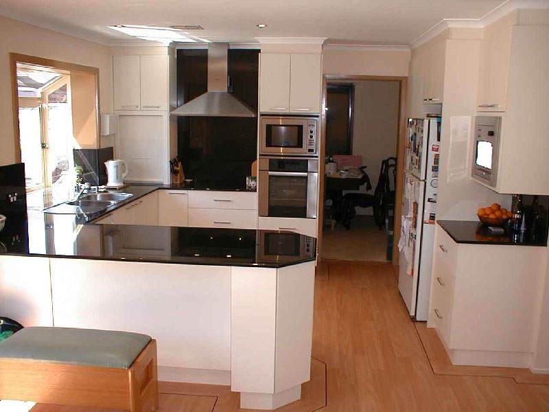 Small U Shaped Kitchen Layout Ideas