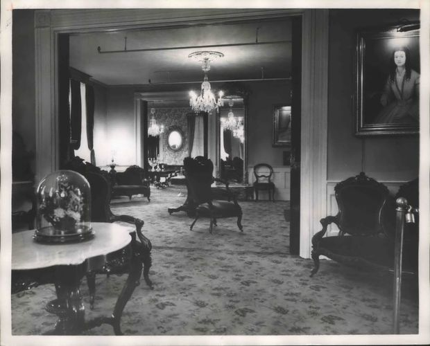 Vintage photos of Alabama s White House of the Confederacy   AL com 1958 Press Photo Interior of First White House of the Confederacy in  Montgomery
