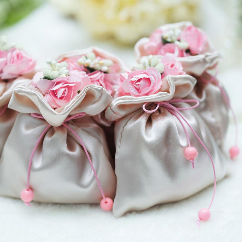 Fresh Cake Bags Wedding 5 Wedding Cake Trends You Need to Follow     Related For Fresh Cake Bags Wedding