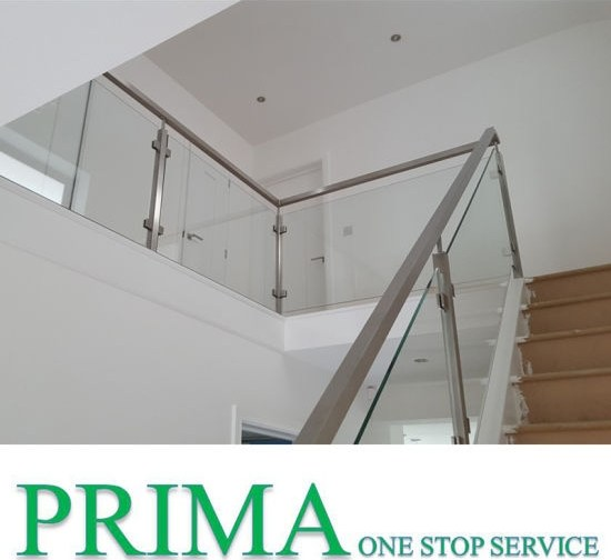 China Low Price Staircase Railing Designs With Stainless Steel   Stairs Railing Designs In Steel   Caramel   Glass   Iron Spindle Railing   Square   Solid Wood