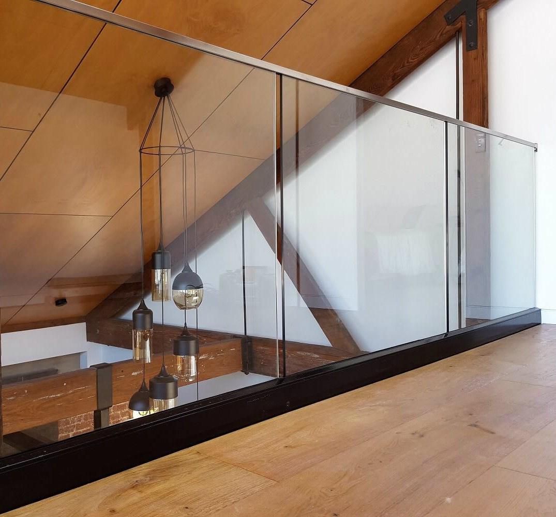 China Frameless Glass Balustrade Balcony Railing Handrail Fence | Glass Balustrade With Wooden Handrail | Contemporary | Glass Panel | Interior | Guardrail | Atrium