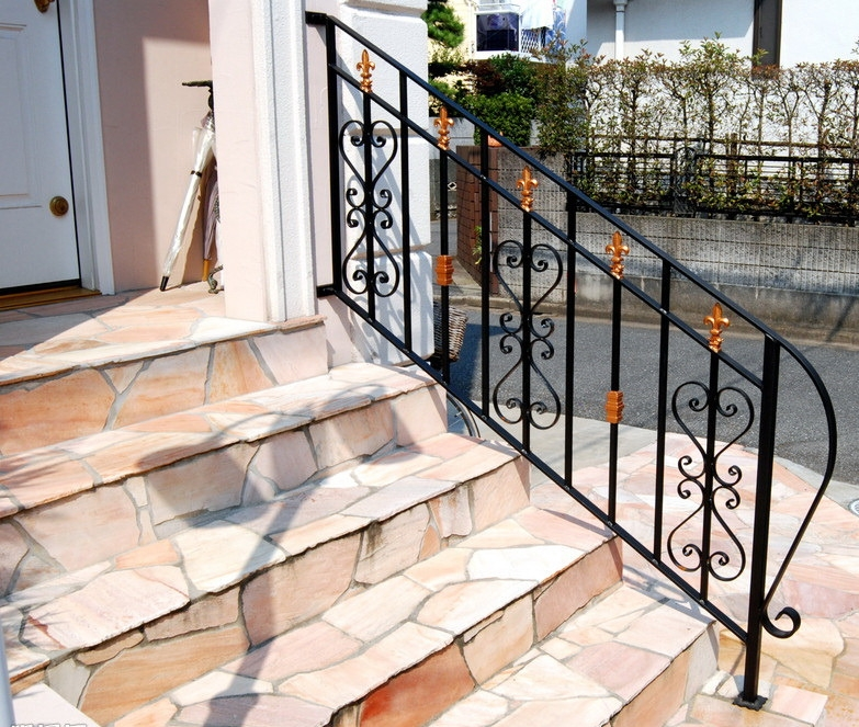 China Wholesale Outdoor Wrought Iron Stair Railing China Wrought | Wrought Iron Rails For Outdoor Steps | Balcony Balustrade | Staircase Railings | Front Porch Railings | Railing Kits | Rod Iron