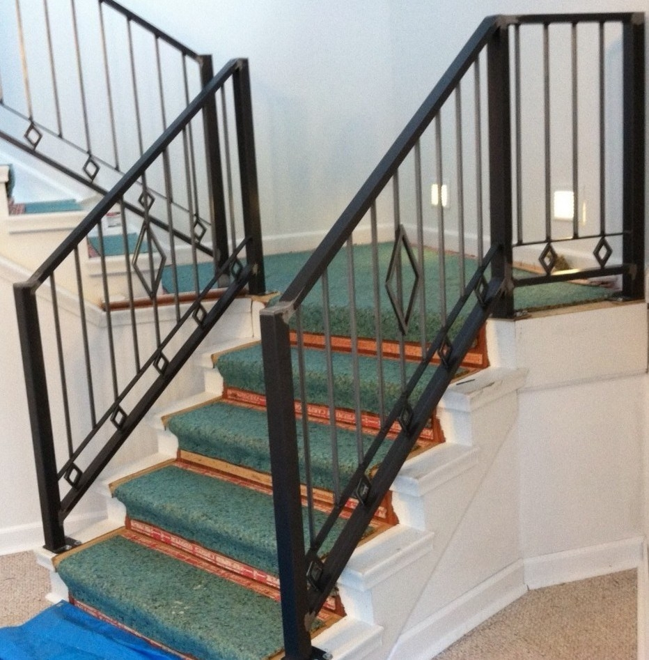 China Cheapest Outdoor Wrought Iron Stair Railings For Sale | Outdoor Iron Stair Railing | Porch | Iron Pipe | Commercial | Galvanized Iron | Redwood
