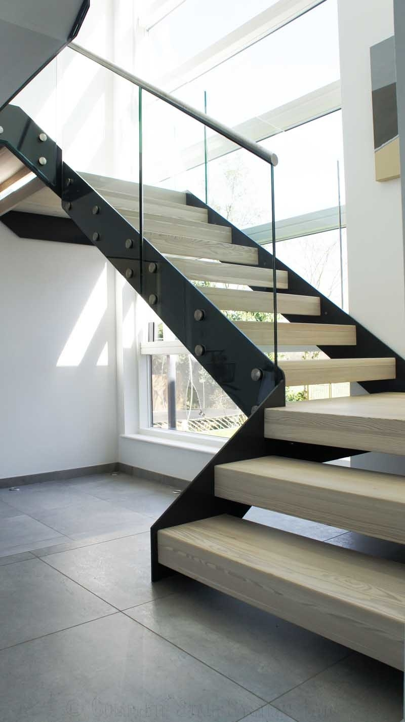 China Prefab Modern Design Straight Glass Staircase With Solid Oak | Prefab Oak Stair Treads | Hardwood Flooring | Wood Flooring | Wood Stair | Solid Oak | Risers