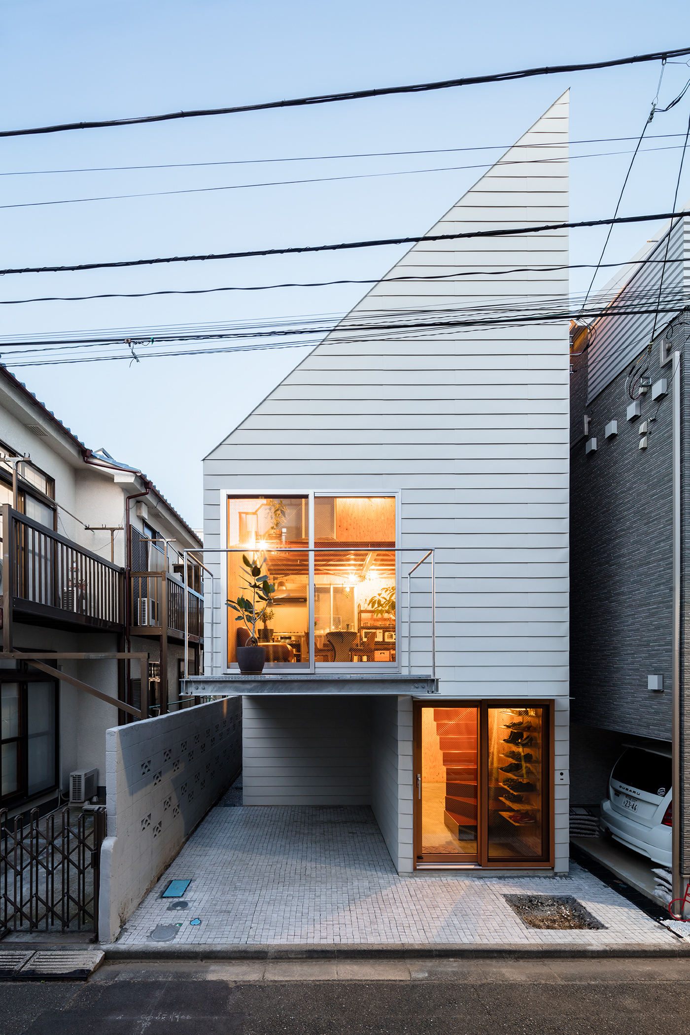 Architecture And Design Houses