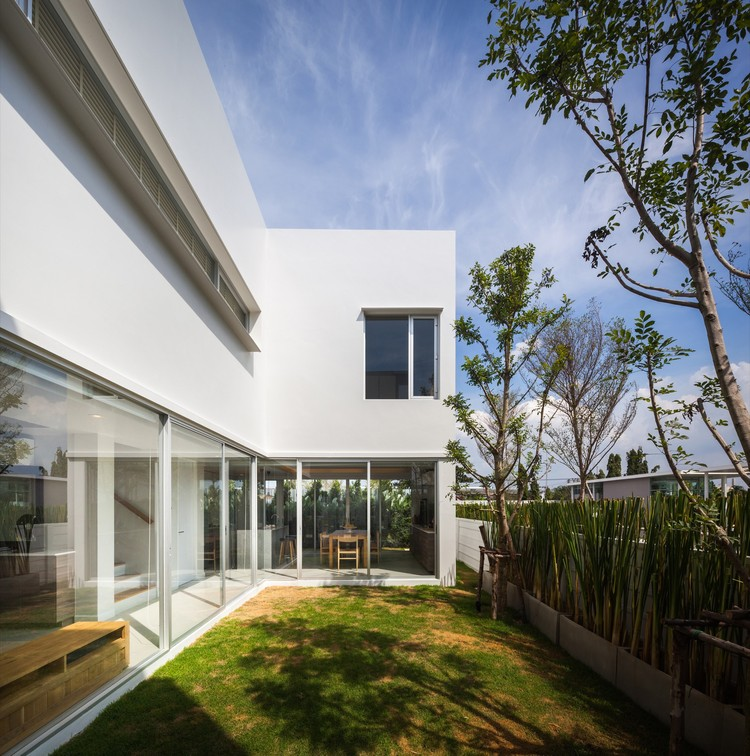 Courtyard Villa Black Pencils Studio Archdaily