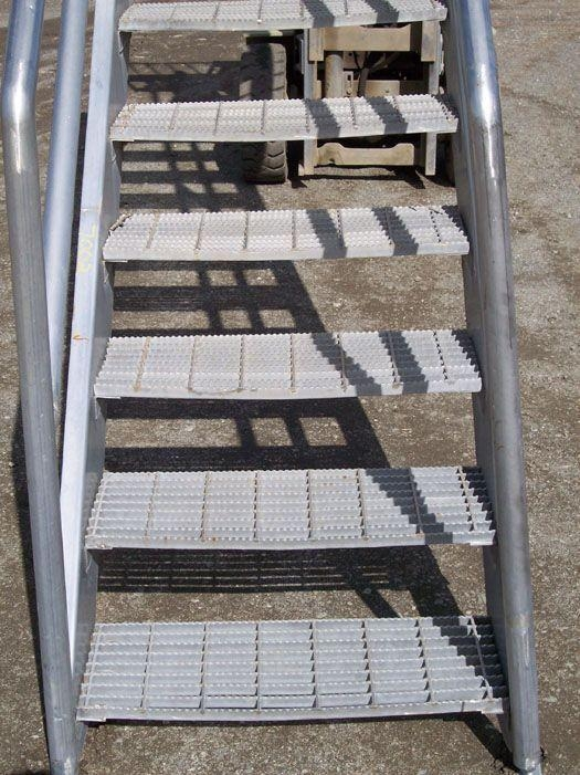 Stainless Steel Stairs 100449 For Sale Used N A   Steel Stairs For Sale   Aluminum   Pylex   Cantilever   Residential   Used