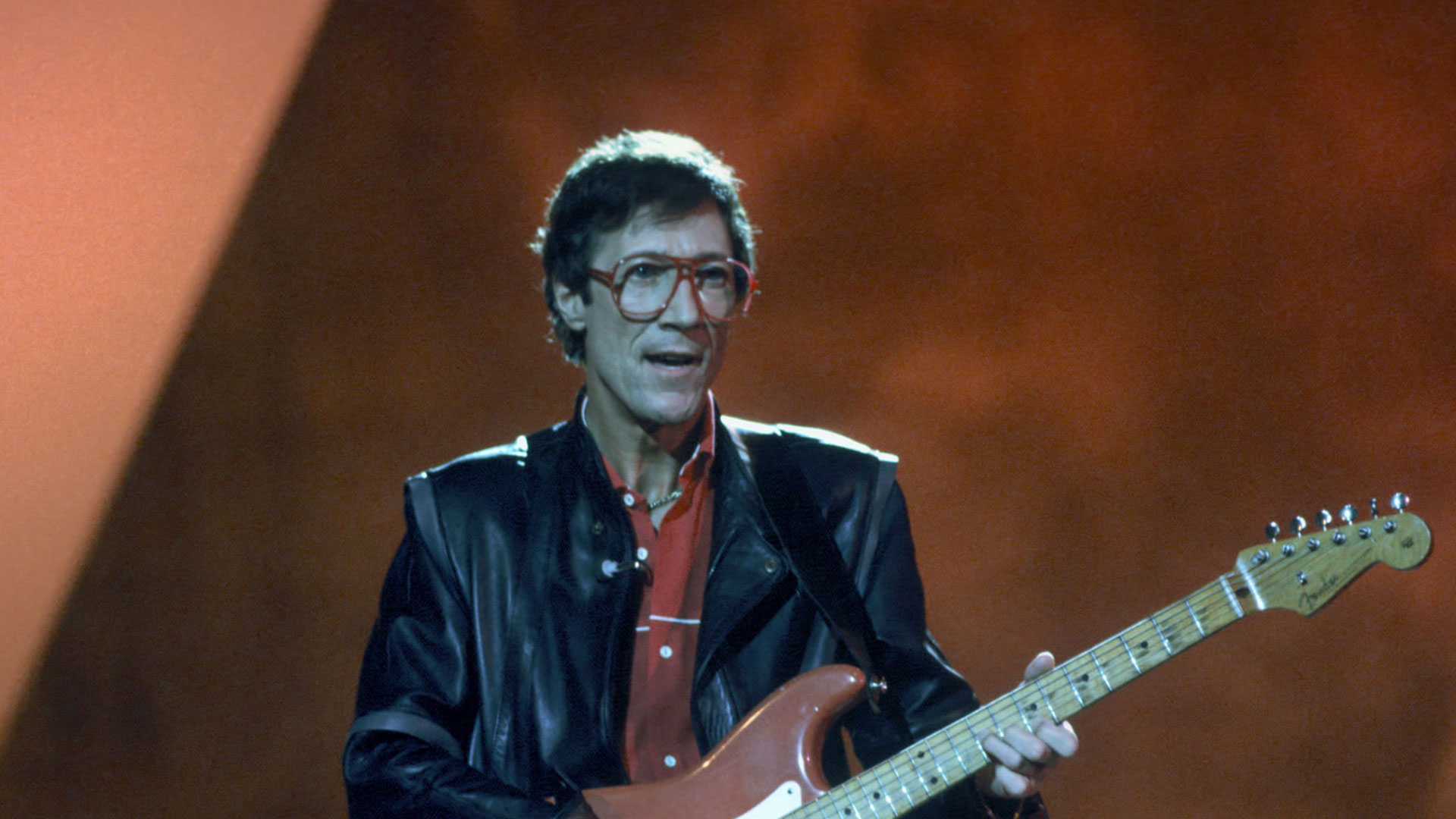 """Hank Marvin: """"Cliff Richard has great strength of ..."""