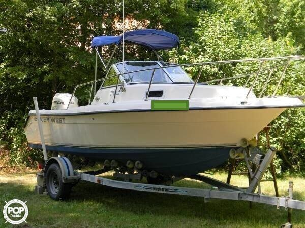 Key West Dual 2006 Console Boat 2020