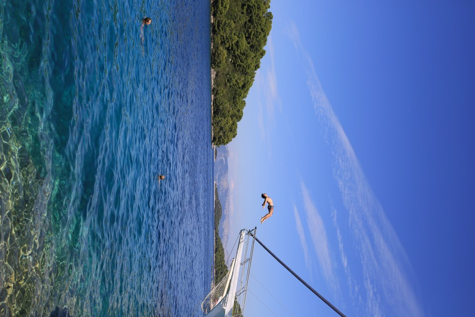 Sailing and Island Hopping | Busabout