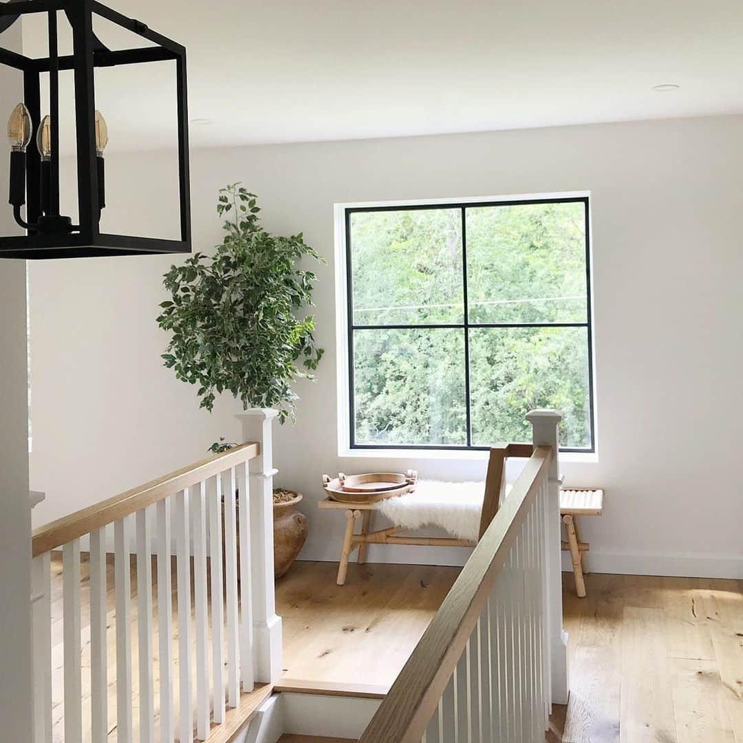 Minimal Black Frames On Fiberglass Window Enhances Design Pella | Stair Room Window Design | 3D Model | Smart Window Grill | Elegant | Landing | House Beautiful