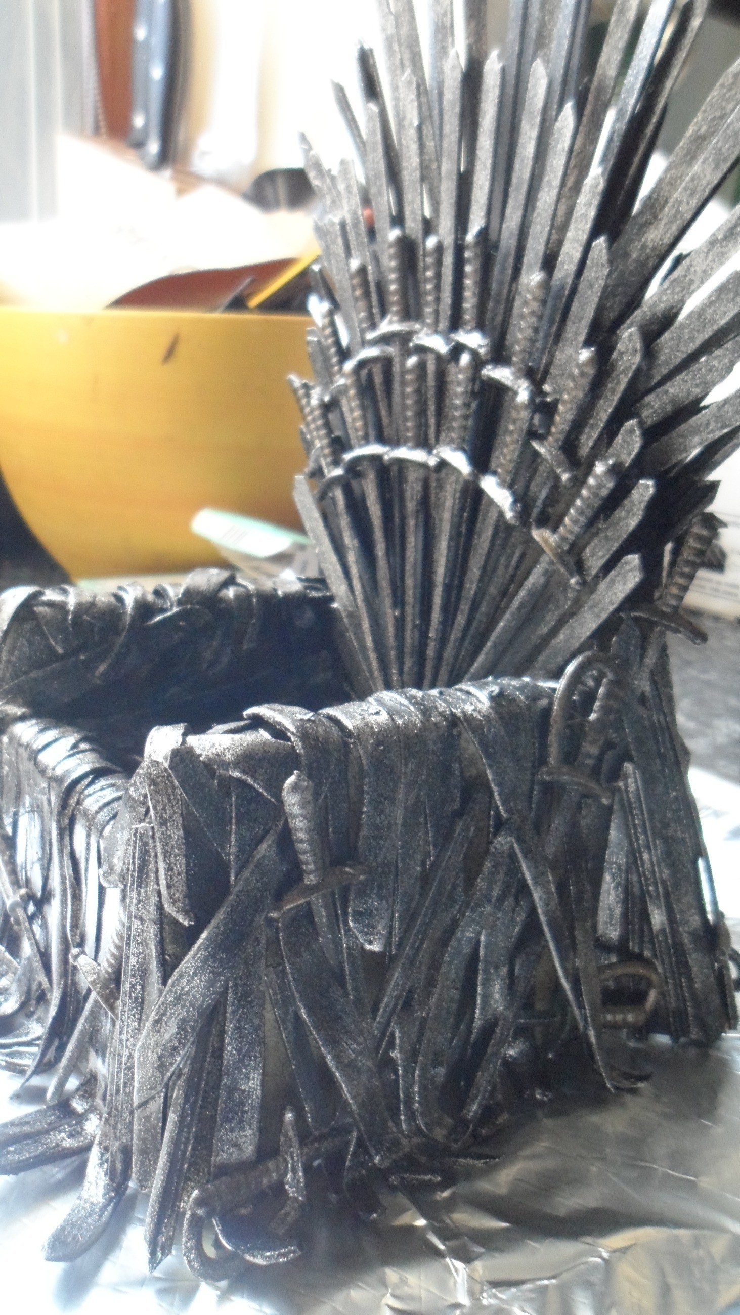 Iron Throne For Your Phone 183 How To Make A Piece Of