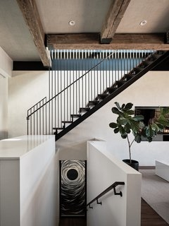 Best 60 Modern Staircase Metal Railing Design Photos And Ideas | Metal Railing Designs Stairs | Rot Iron Staircase | Step | Luxury | Creative Outdoor Stair | Curved Railing