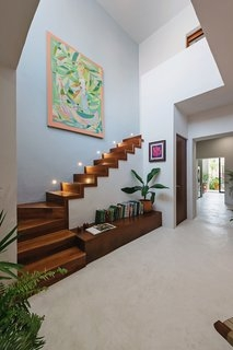 Best 60 Modern Staircase Design Photos And Ideas Page 4 Dwell | Staircase In Hall Design | 2 Storey House | Low Budget | Step Side Wall | Steel Verandah | Mansion